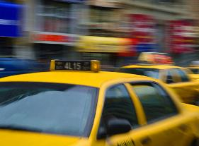 nyc taxi motion on 6th ave